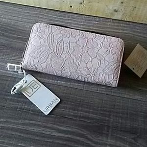 NWT Urban Expressions Claire wallet
